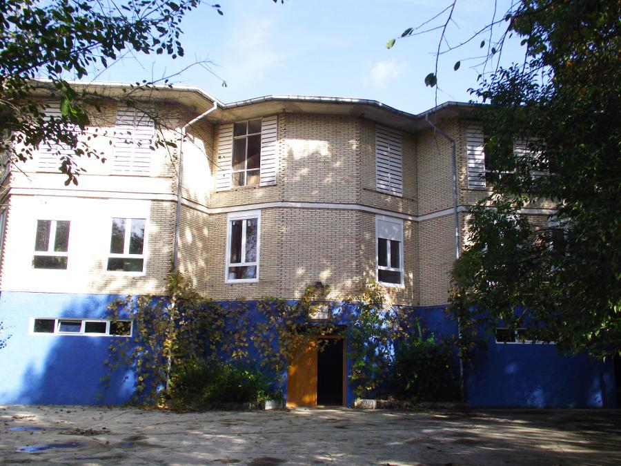 Natur Eskola eraikina
